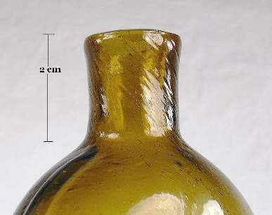 Stretch markins in 1840's flask; click to enlarge.