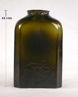 Snuff bottle in dark olive green which is almost black; click to enlarge.