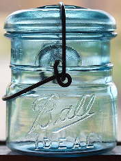 Ball Ideal pint jar with lightning type closure; click to enlarge.