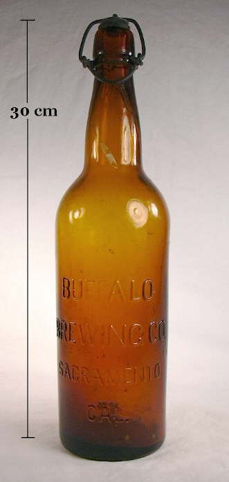 Hyperlink to an image of a late 19th century beer bottle with a blob style finish.