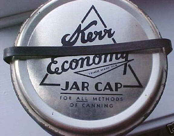 Hyperlink to a close-up picture of the Economy jar cap and clip.