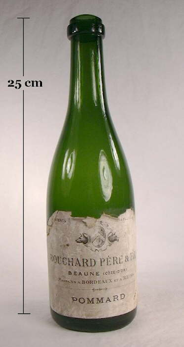 Hyperlink to an image of a mid 19th century wine bottle with a laid-on ring type of champagne finish.