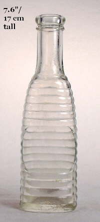 Peppersauce bottle from the late 1910s or 1920s; click to enlarge.