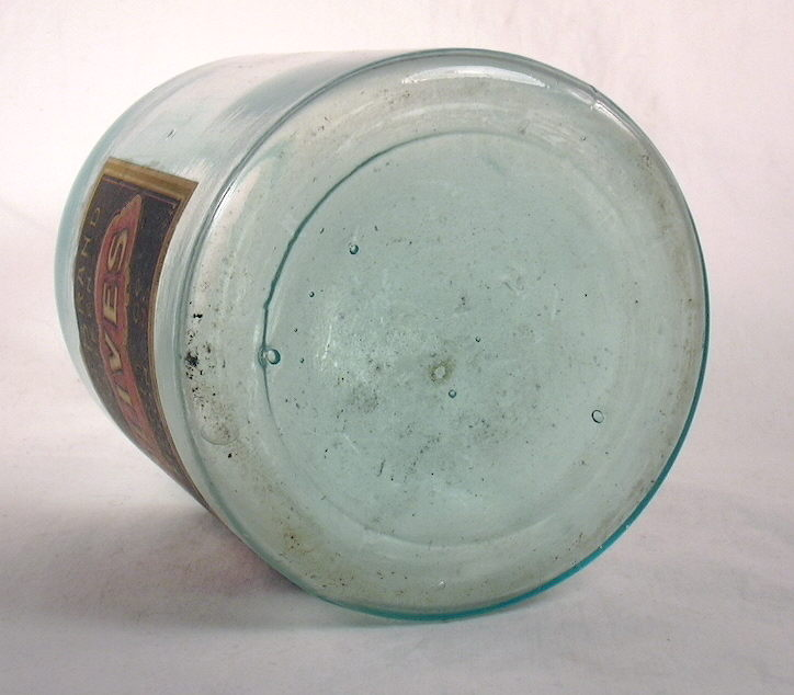 Hyperlink to a image of this bottles base.