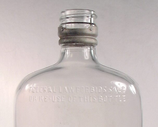 Hyperlink to a close-up view of this pint Dandy flask.