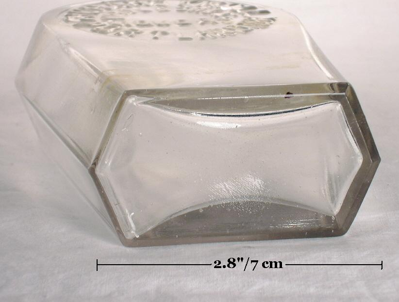 Hyperlink to an image of this flasks base.
