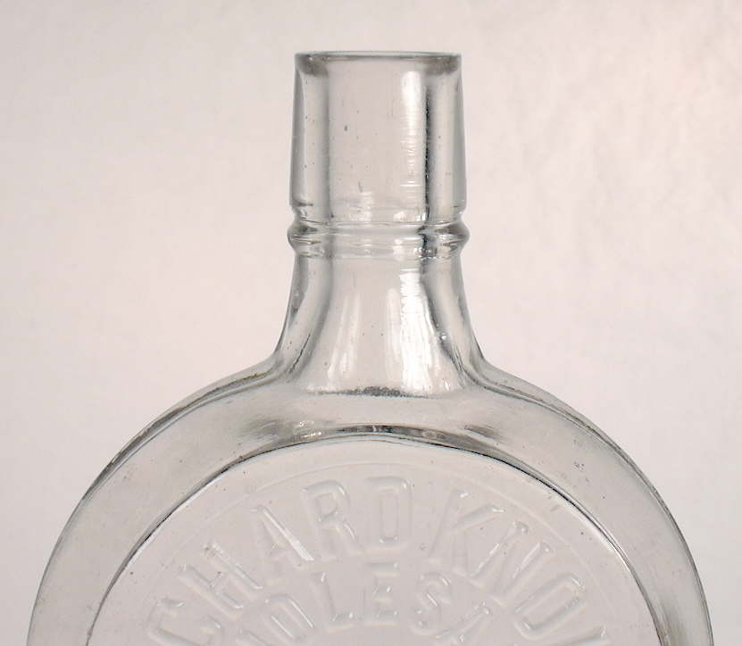 Hyperlink to a close-up view of this flasks shoulder and finish.