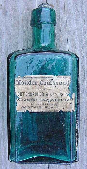 Hyperlink to an image of a labeled Merchants bottle.