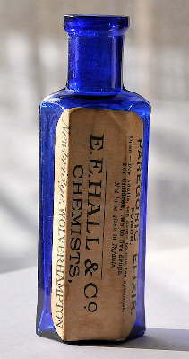 Ca. 1900 English poison bottle; click to enlarge.