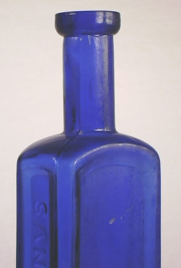 Hyperlink to a picture of this bottles shoulder, neck, and finish.