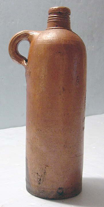 Hyperlink to a late 19th century apollinaris pottery jug.