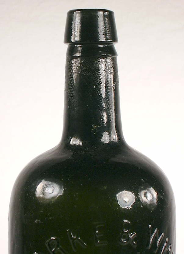 Hyperlink to a close-up picture of this bottles shoulder, neck, and finish.