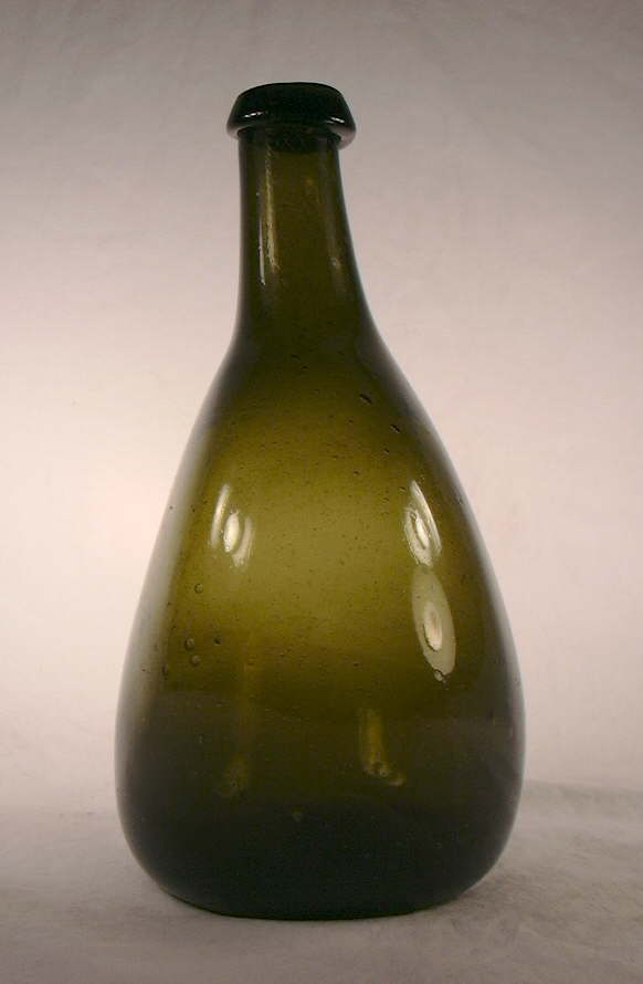 Hyperlink to a side view of this chestnut flask.