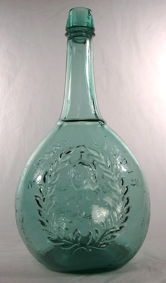 Hyperlink to a picture of the entire calabash bottle.